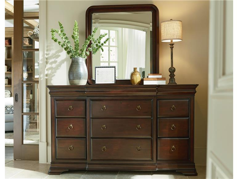 Universal Furniture Reprise Classical Cherry Bedroom