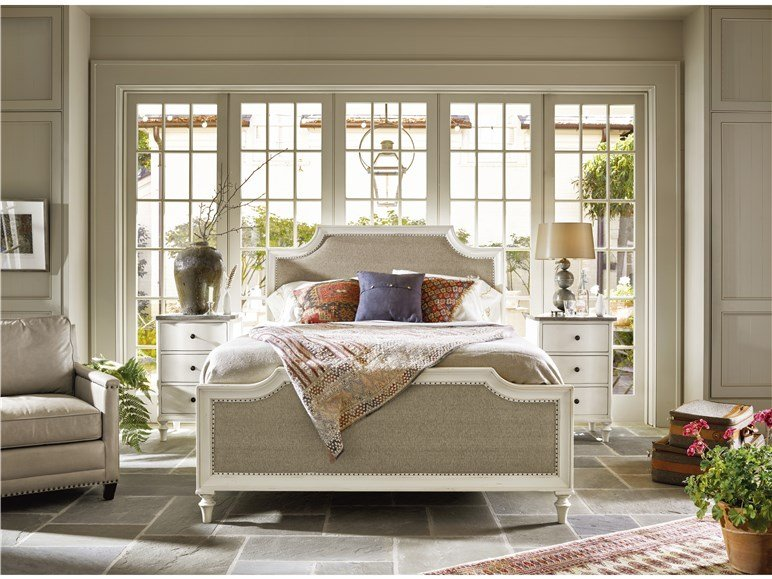 Latham Queen Bed
