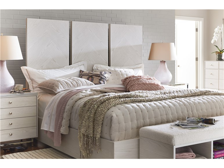 Axiom Queen Bed