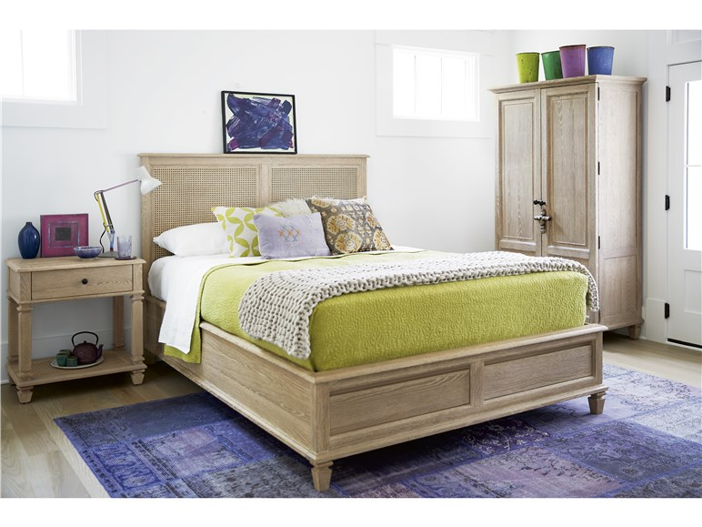 Aiden King Bed