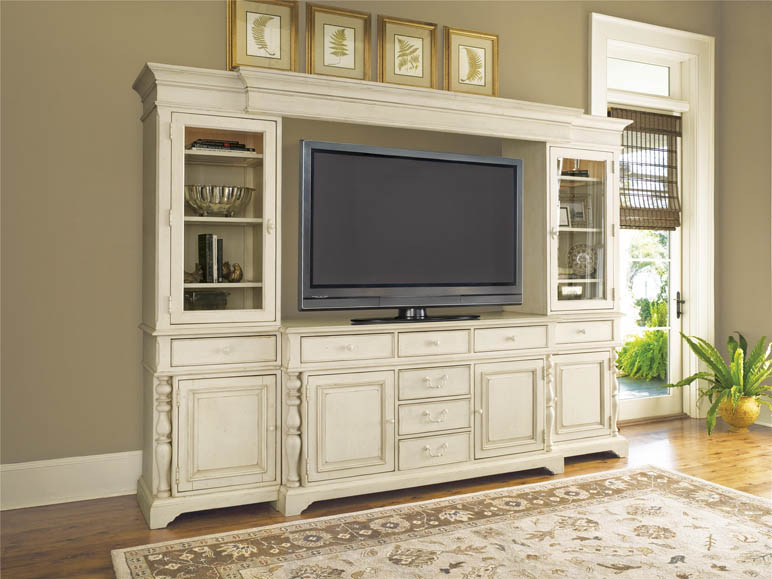Universal Furniture Paula Deen Home Entertainment Console