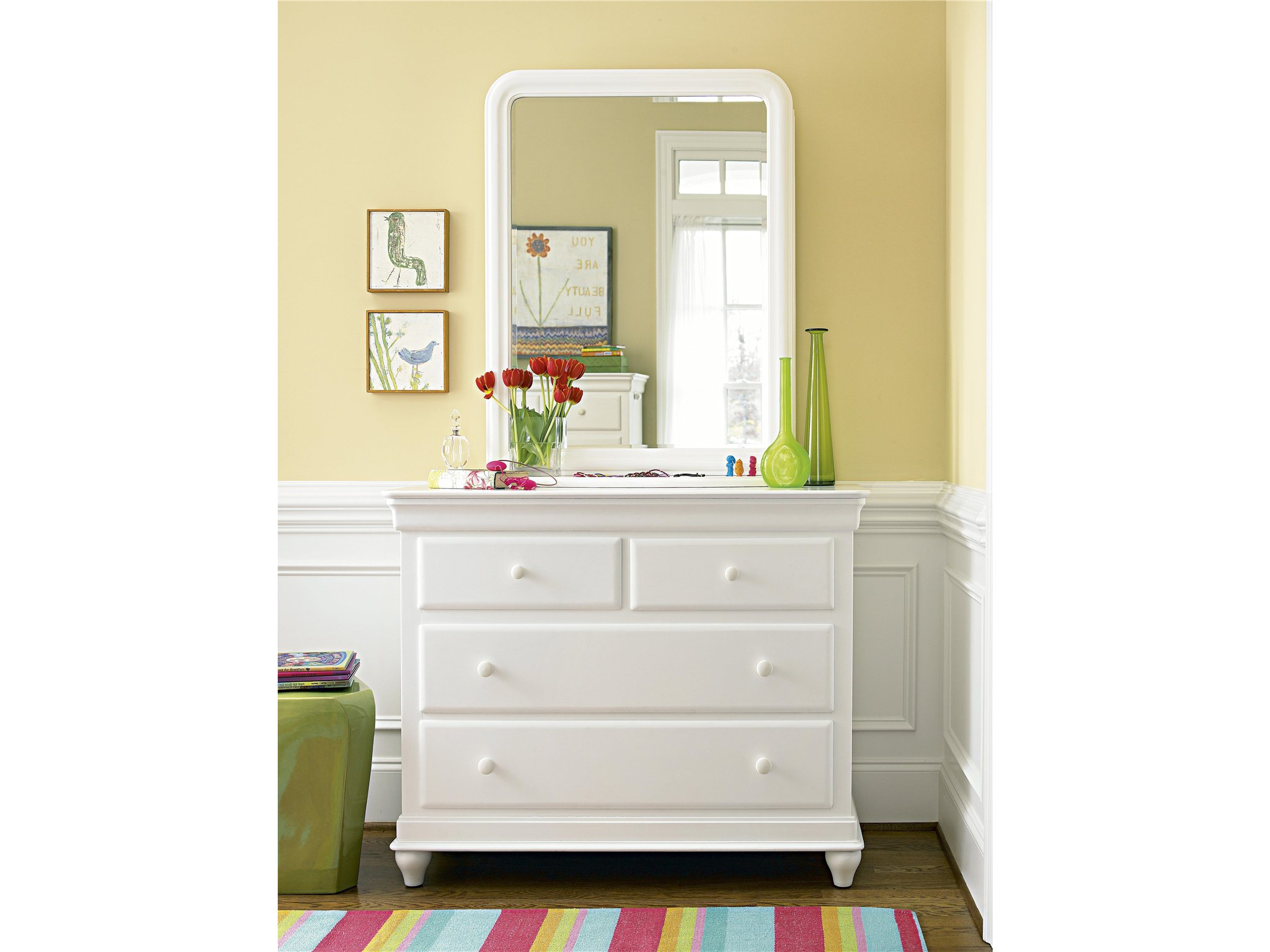 dresser single girls The clementine court dresser lets girls have it all stylishness and plenty of room  for  and antiqued finishes make the smiling hill single dresser an instant.