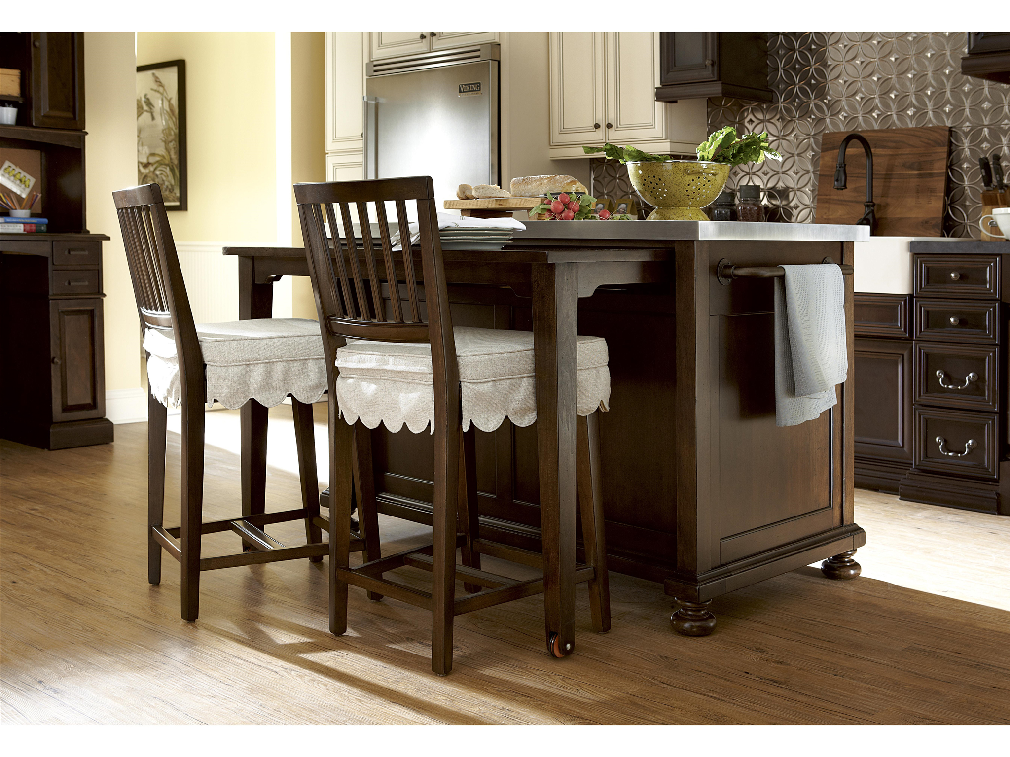 Paula Deen Kitchen Cabinets Universal Furniture River House Kitchen Island