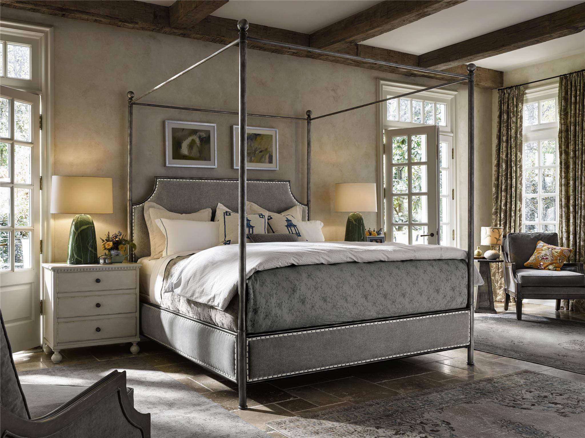 Universal Furniture Sojourn Respite Queen Bed