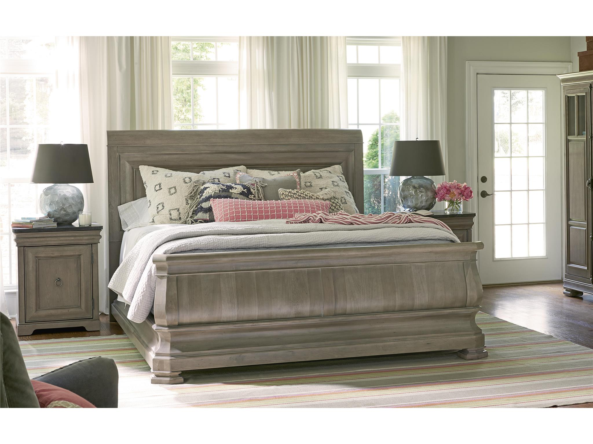 Universal Furniture Reprise King Sleigh Bed