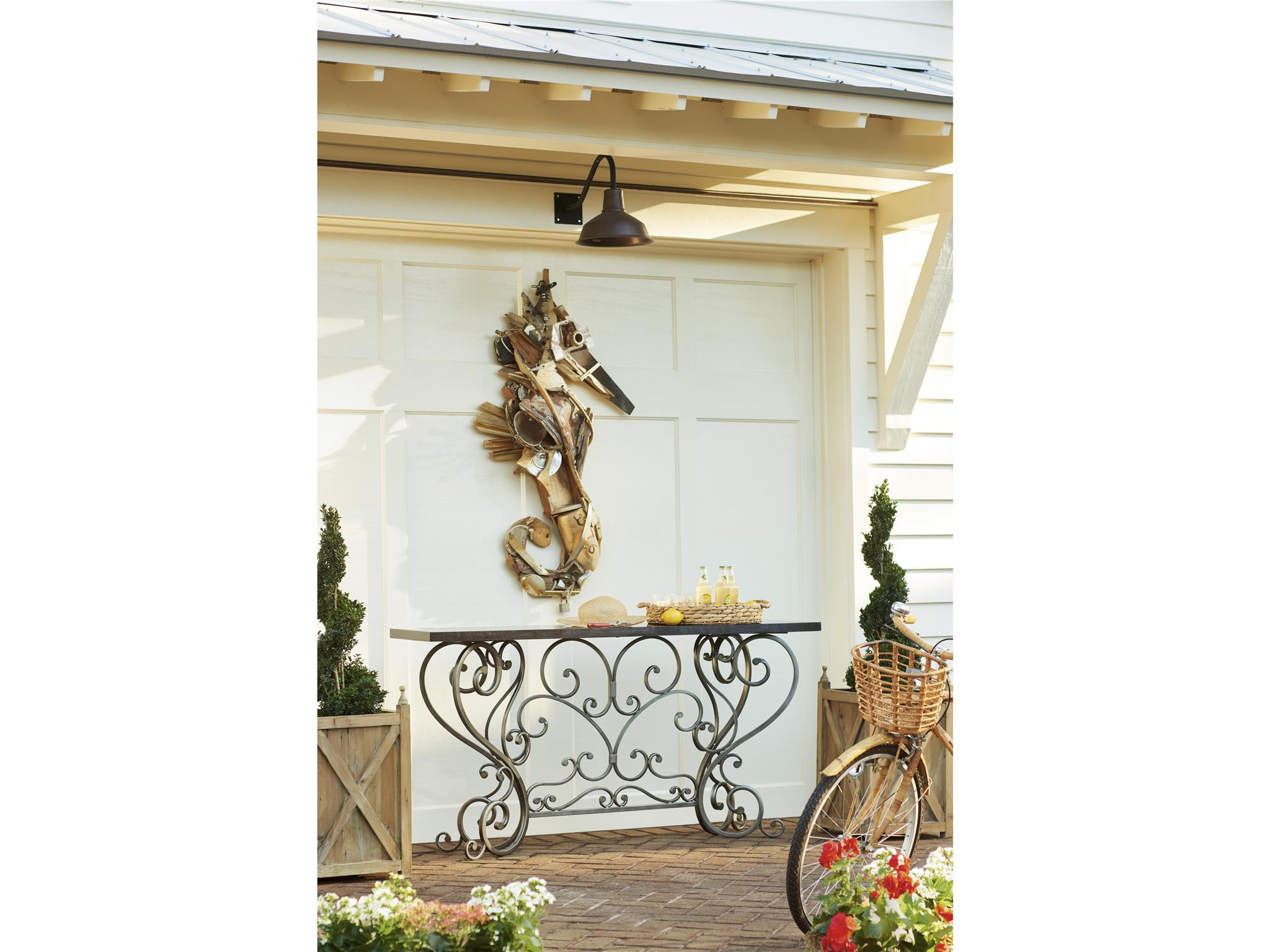 Cottage-Paula Deen Home Jasmine Console | Universal Furniture