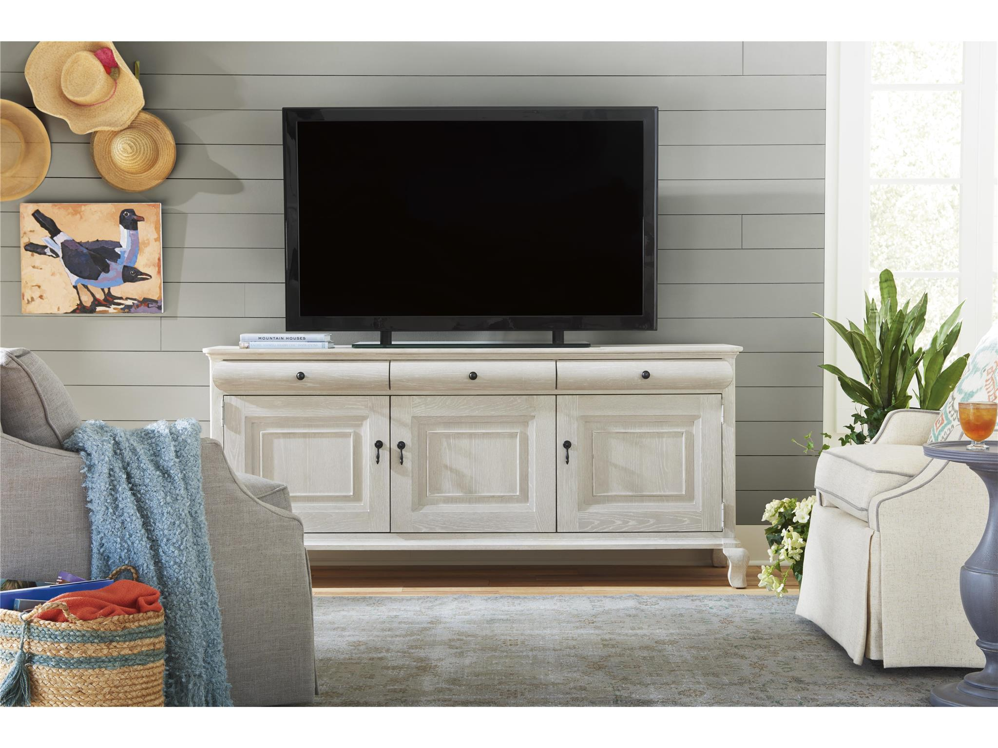 Cottage-Paula Deen Home Entertainment Console | Universal Furniture