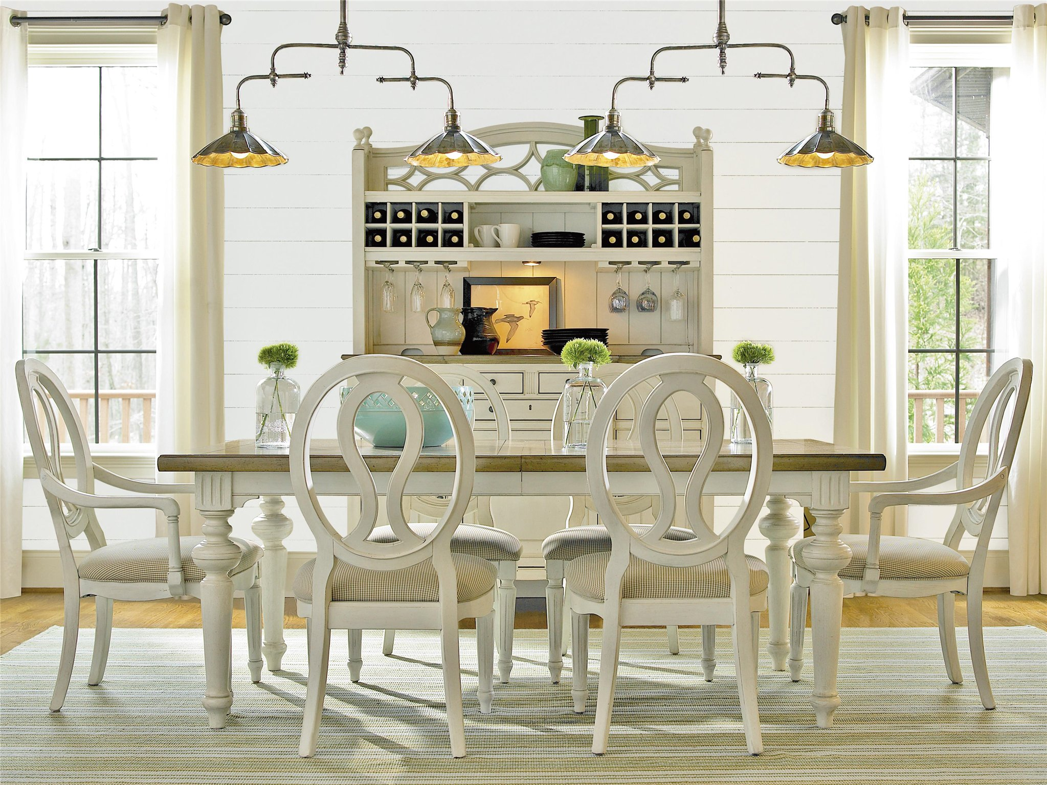 Universal Furniture Summer Hill Dining Table