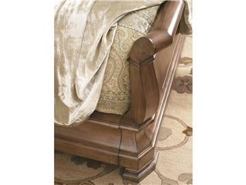 Thumbnail Louie P's Sleigh Bed (King)