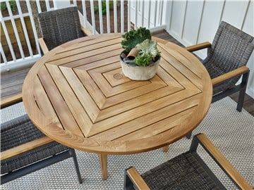 Thumbnail Chesapeake Round Dining Table