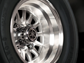 14-Spoke Alloy Wheels