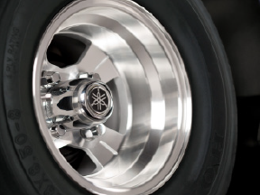 4-Spoke Alloy Wheels
