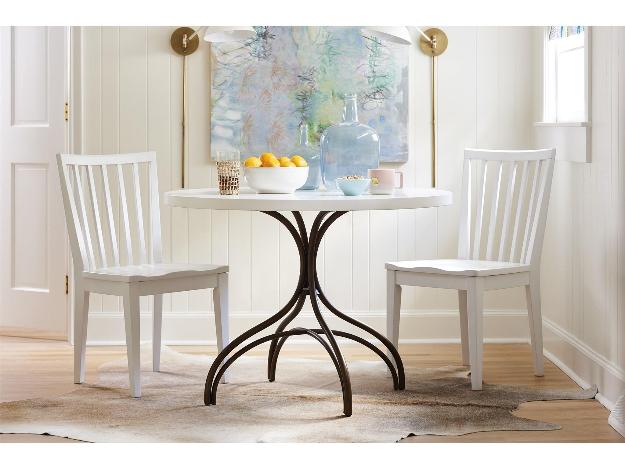 Cinch Table